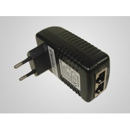 Zasilacz PoE 24V 1A wtyczkowy / 004020